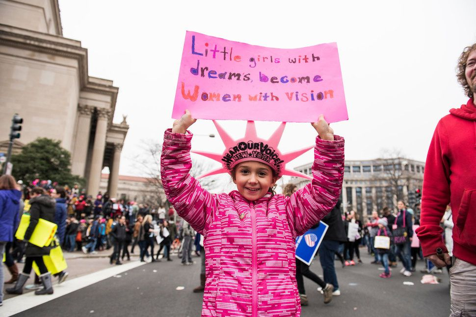 89 Badass Feminist Signs From The Women S March On Washington Womens March Signs Womens March Career Girl Daily
