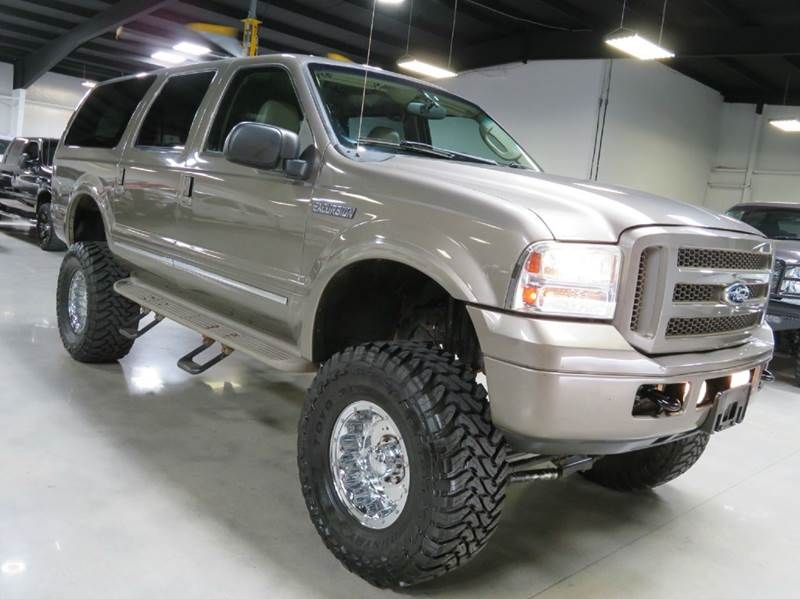 2005 Ford Excursion Limited 6 8l V10 4x4 Lifted Entertainment 86k