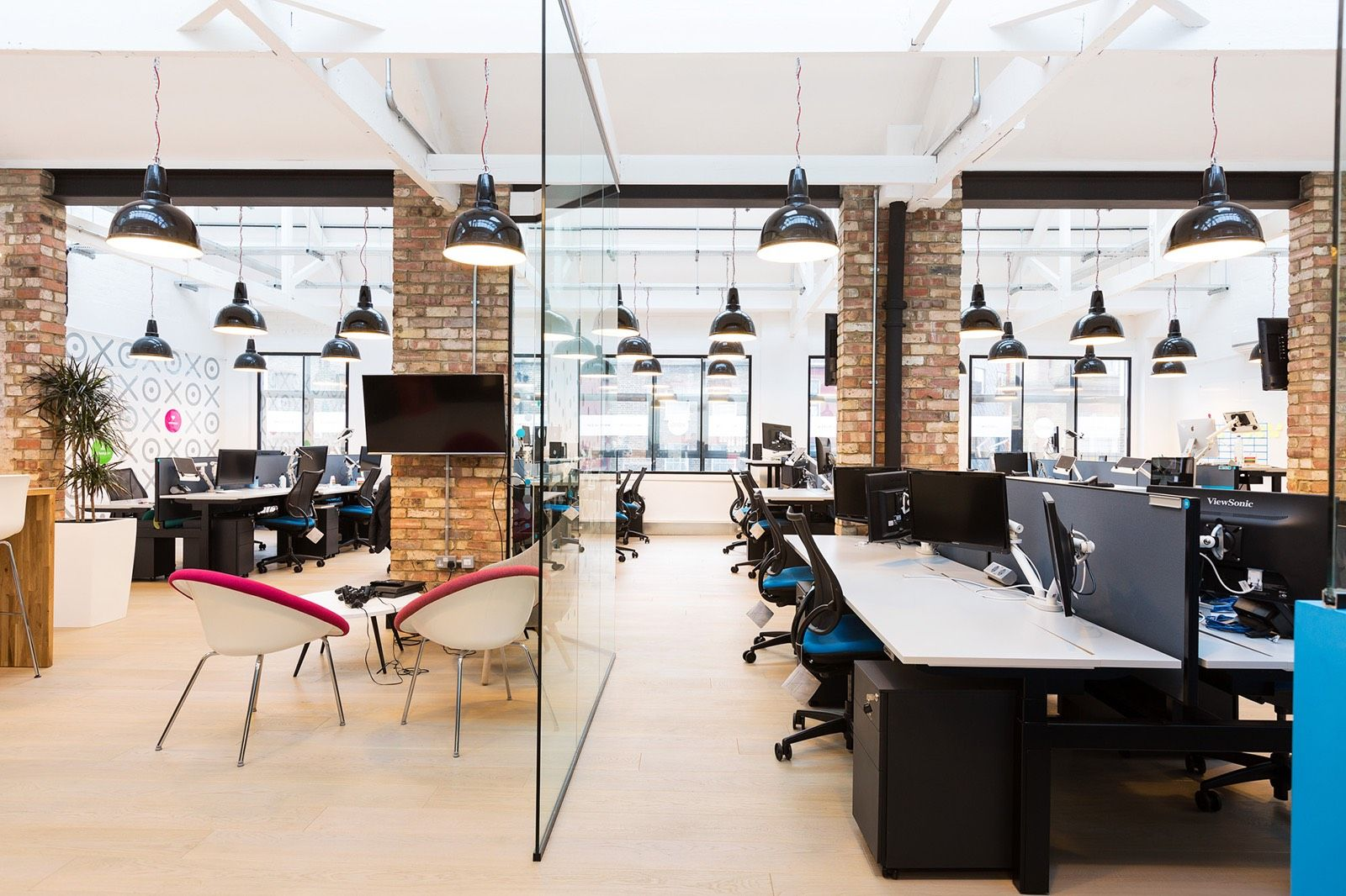 ... Software For Accounting Professionals And Small Businesses, Reached Out  To Interior Design Firm ThirdWay Interiors To Design Their Offices In  London.