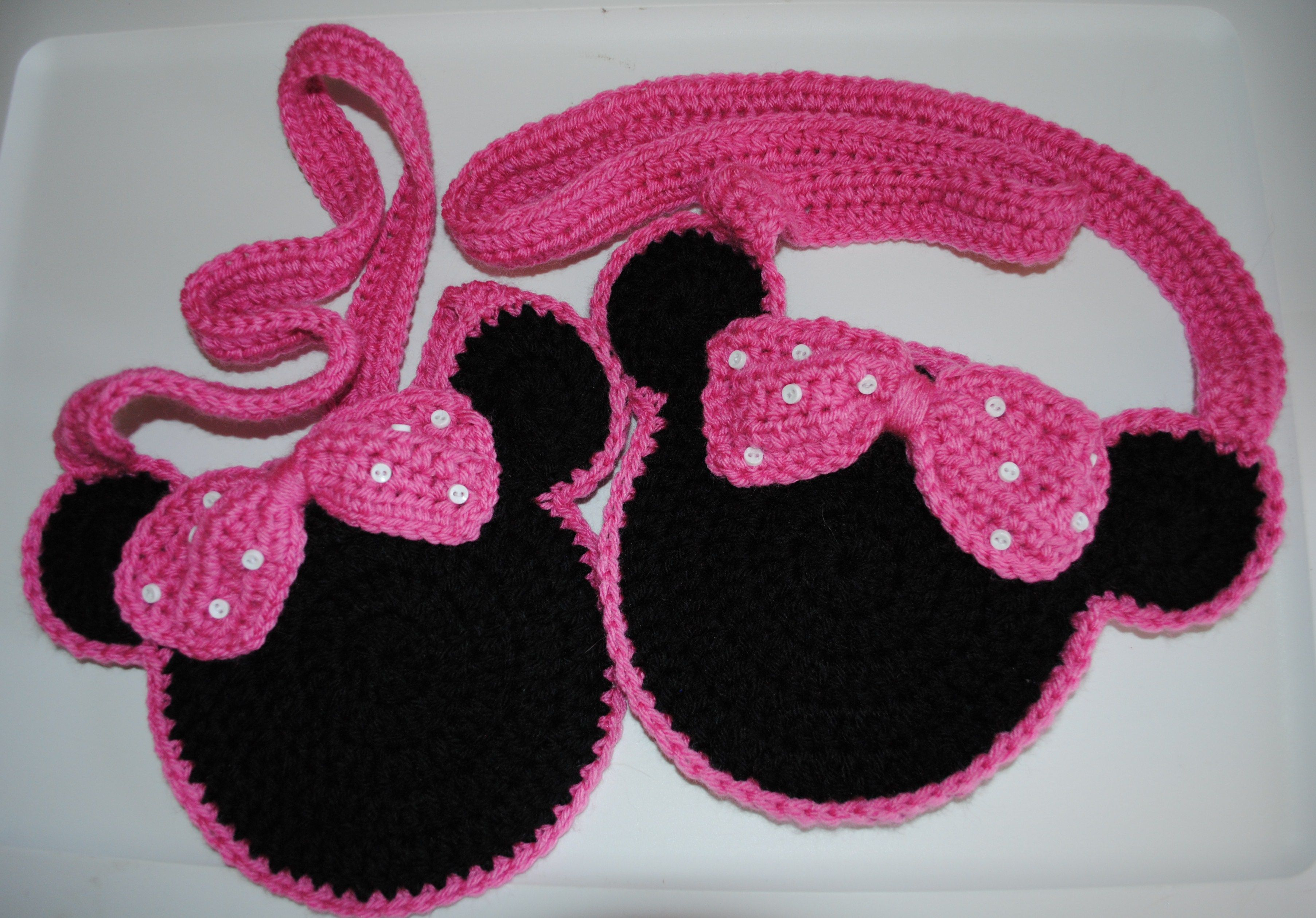Twin Minnie Mouse Purses for twin granddaughters | Crochet | Pinterest