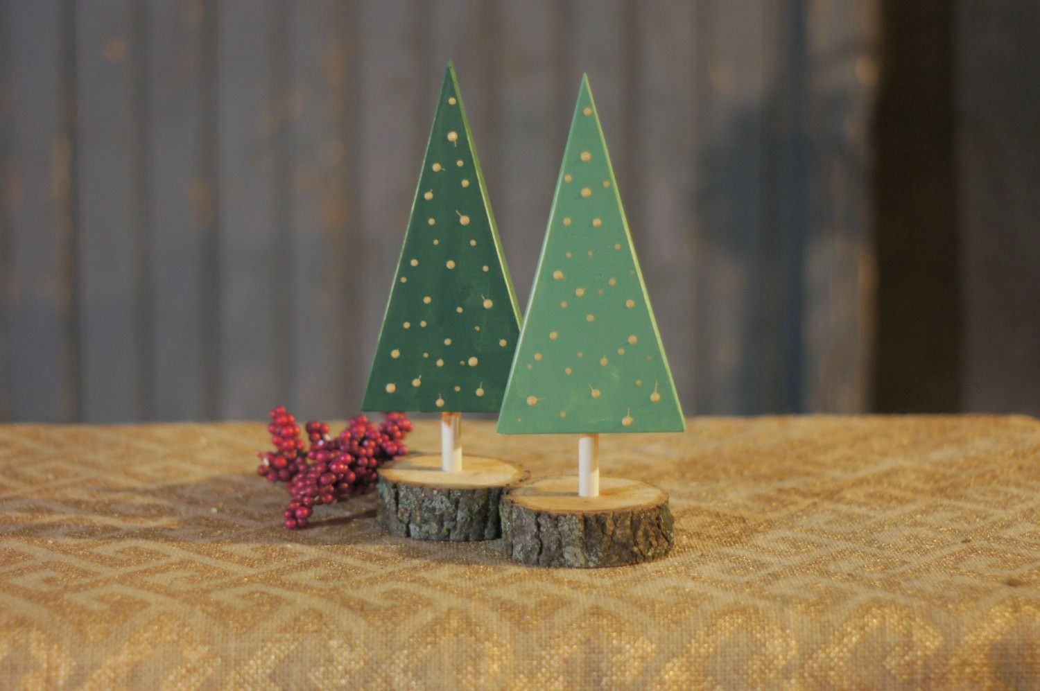 DIY Christmas Tree - Kids Christmas DIY Painting Project ...