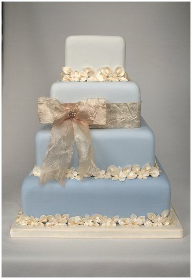 Blue and Gold Ombre Cake Heathers Cakes Designer Wedding and
