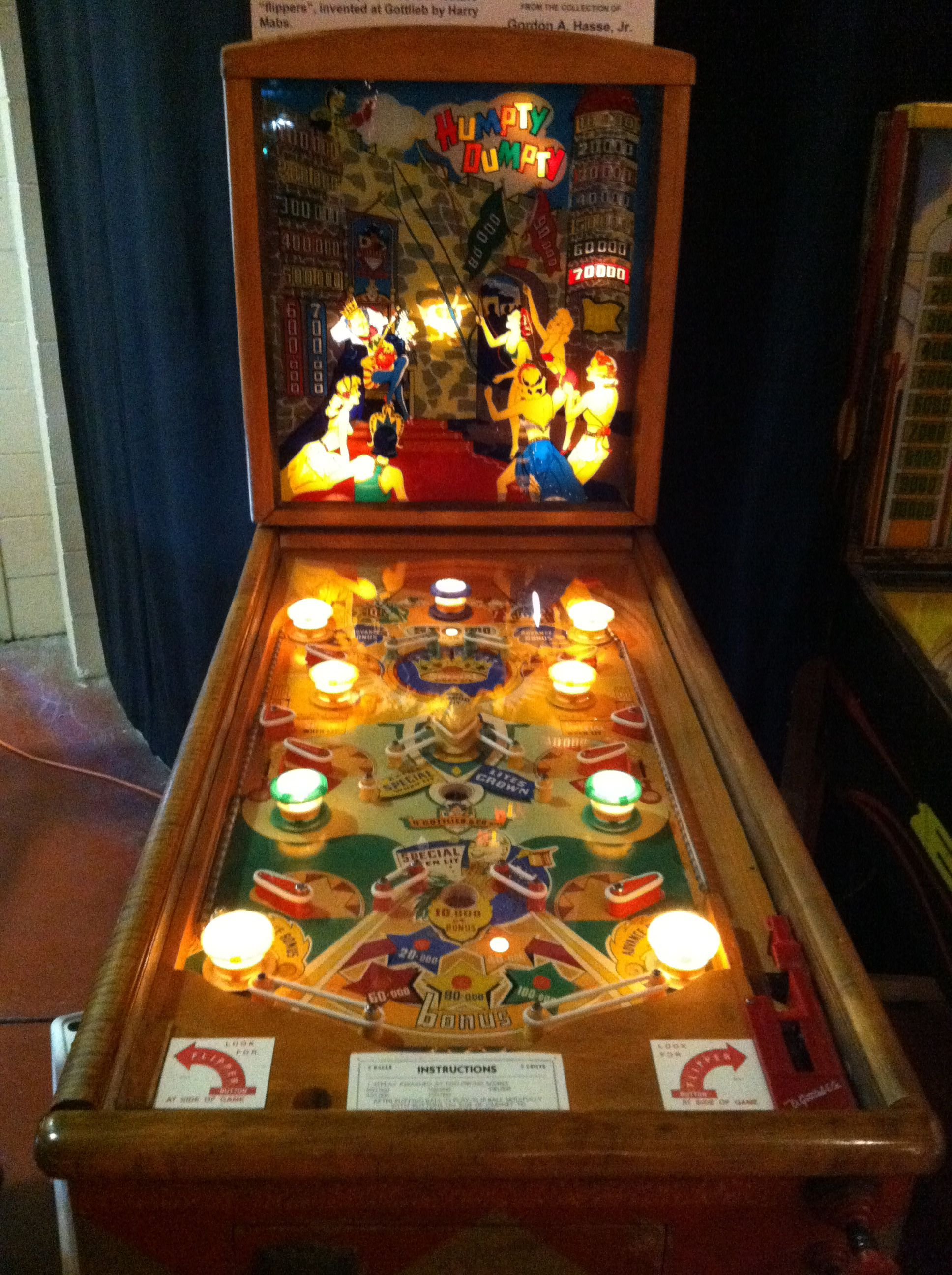 1947 Gottlieb Humpty Dumpty The first pinball with flippers