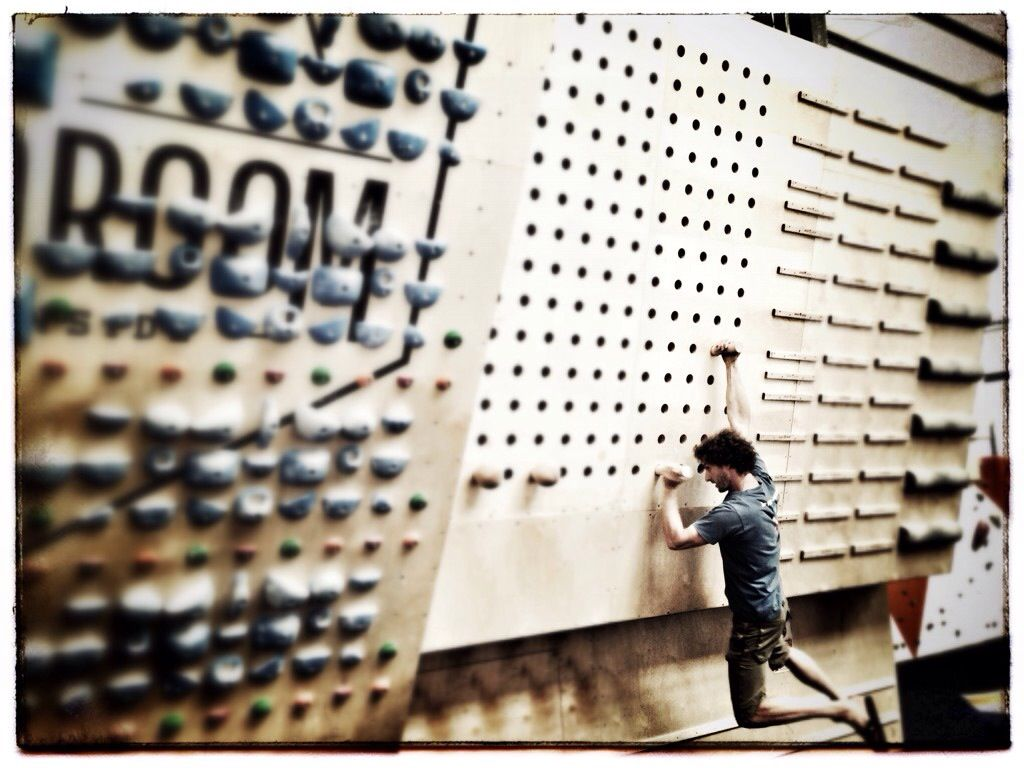 climbing training peg board - Google Search | Climbing wall ideas ...