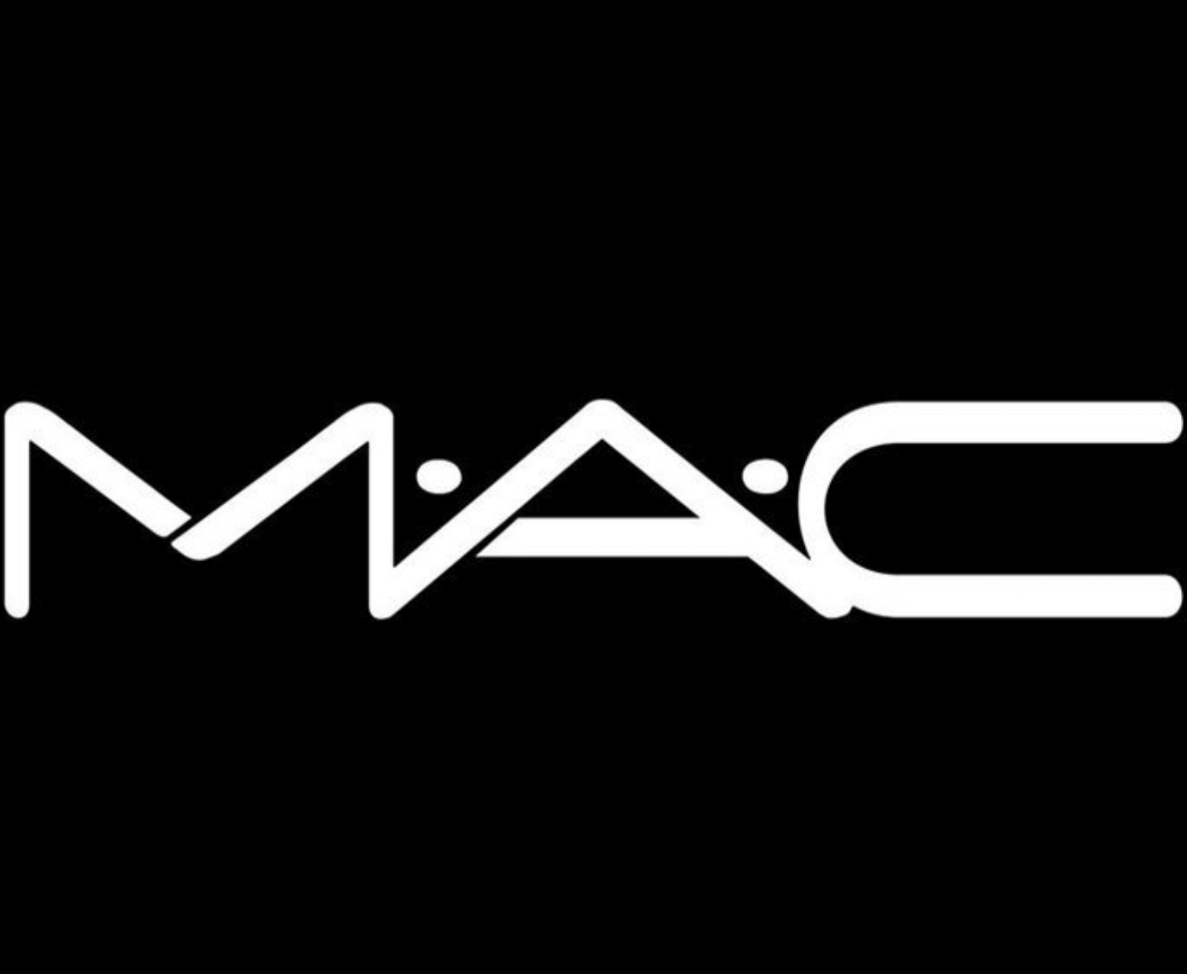 Cosmetics Giant Mac Replaces Animal Hair In Makeup Brushes With