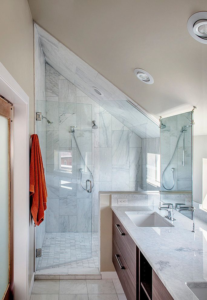 33rd Avenue House By Meridian 105 Homeadore Sloped Ceiling Bathroom Small Attic Bathroom Bathroom Shower Tile