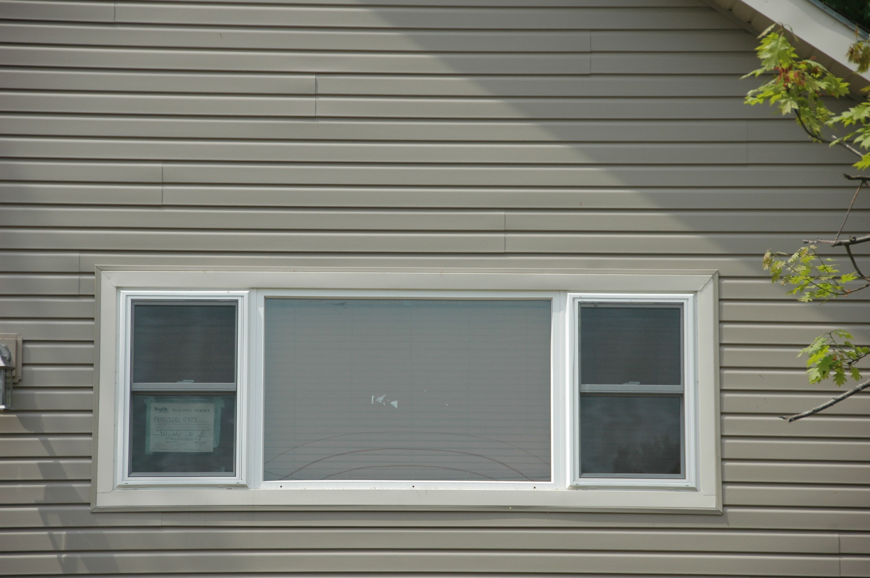 http://www.manufacturedhomerepairtips.com/windowreplacementoptions.php contains some instructions on how to remove an old window and how to install a new one.