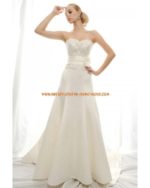 Traumhafte Brautmoe luxuriöse Brautkleid aus Satin Herzausschnitt mit Kapelle