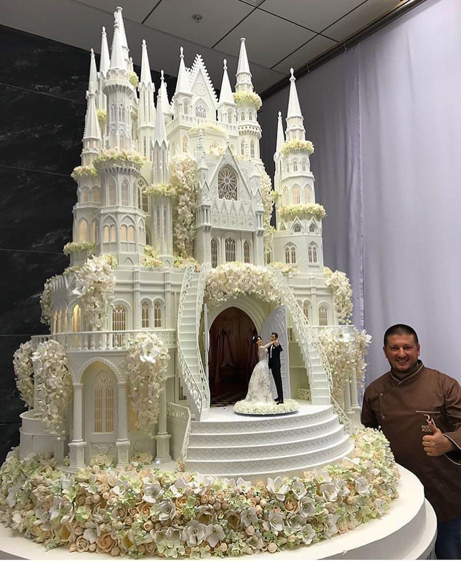 Beautiful Castle Wedding Cake Large wedding cakes