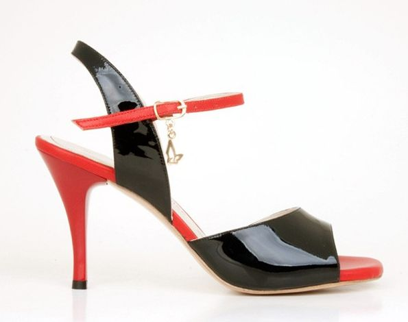 finest selection a7137 cb324 rosso e nero vernice | heels two tone in 2019 | Tango shoes ...