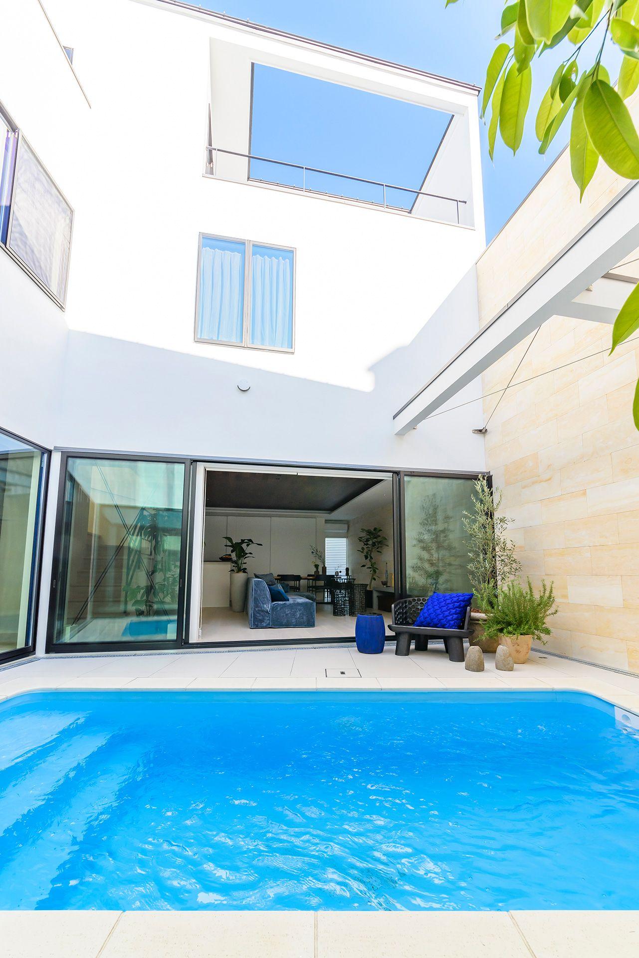 ボード プールサイドの家 新築 のピン