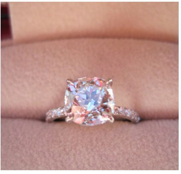 Best Diamond Cut For Engagement Ring