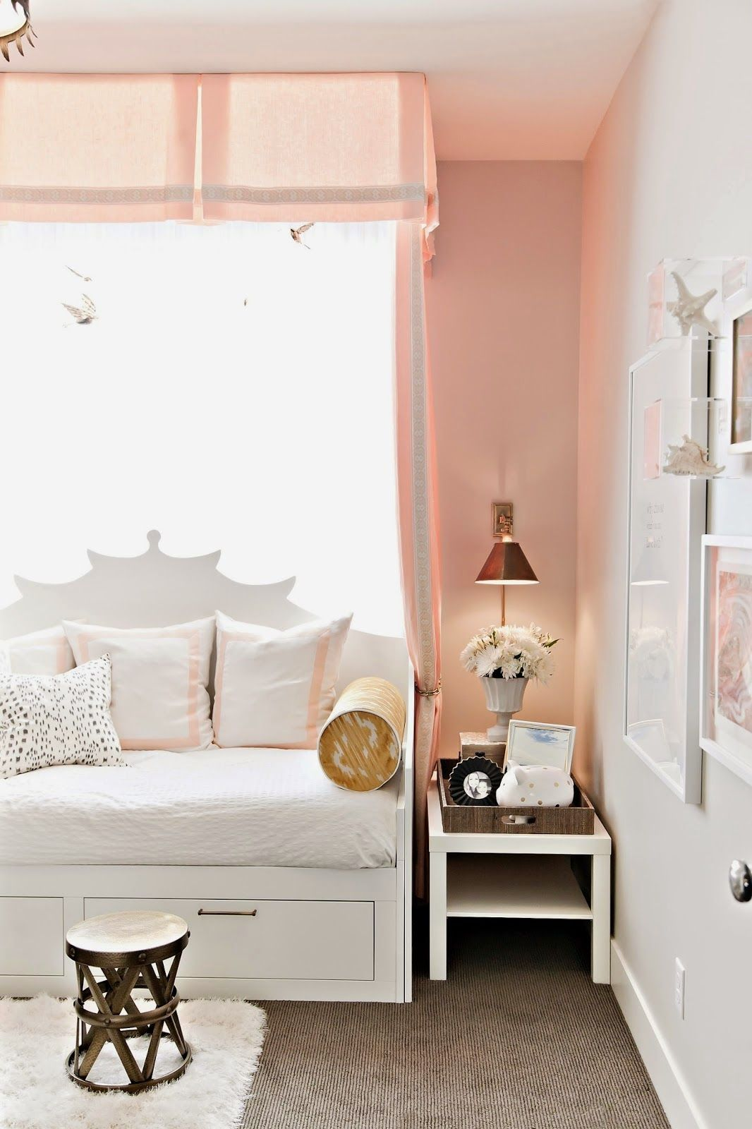 Beautiful canopy over daybed & Beautiful canopy over daybed | live | Pinterest | Daybed Canopy ...