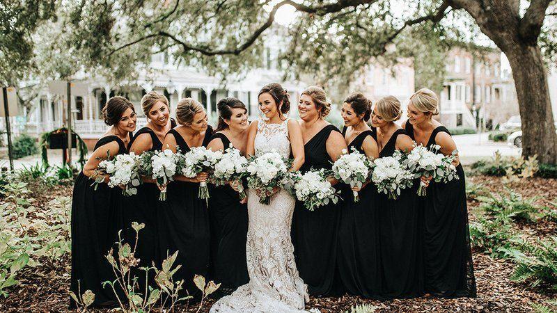 This Elegant Winter Wedding Captures Nostalgic Savannah Charm Elegant Winter Wedding Glamorous Wedding Winter Wedding Gowns