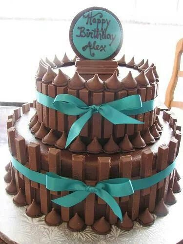 Cute Cake Made Of Kit Kats N Hershey Kisses