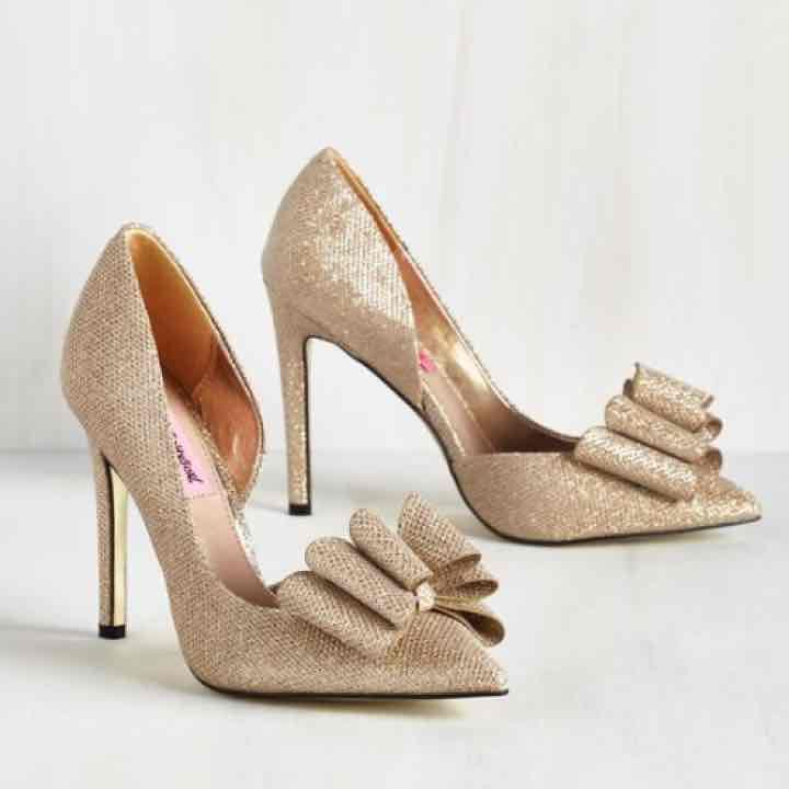 Betsey Johnson gold bow heels - Mercari: Anyone can buy & sell ...