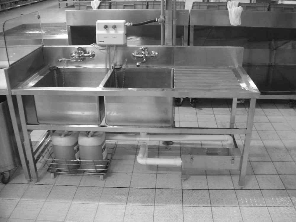 Stainless Steel Sink With 2 Bowls And Drain Table For Restaurant