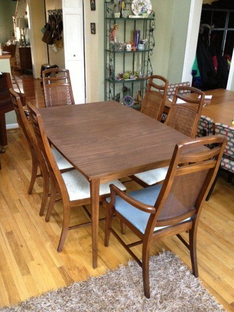 Mid Century Modern Table Set. Great Condition. DC