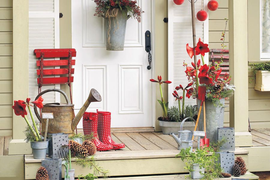 Our Best-Ever Holiday Decorating Ideas Garden theme, Holidays and - southern living christmas decorations