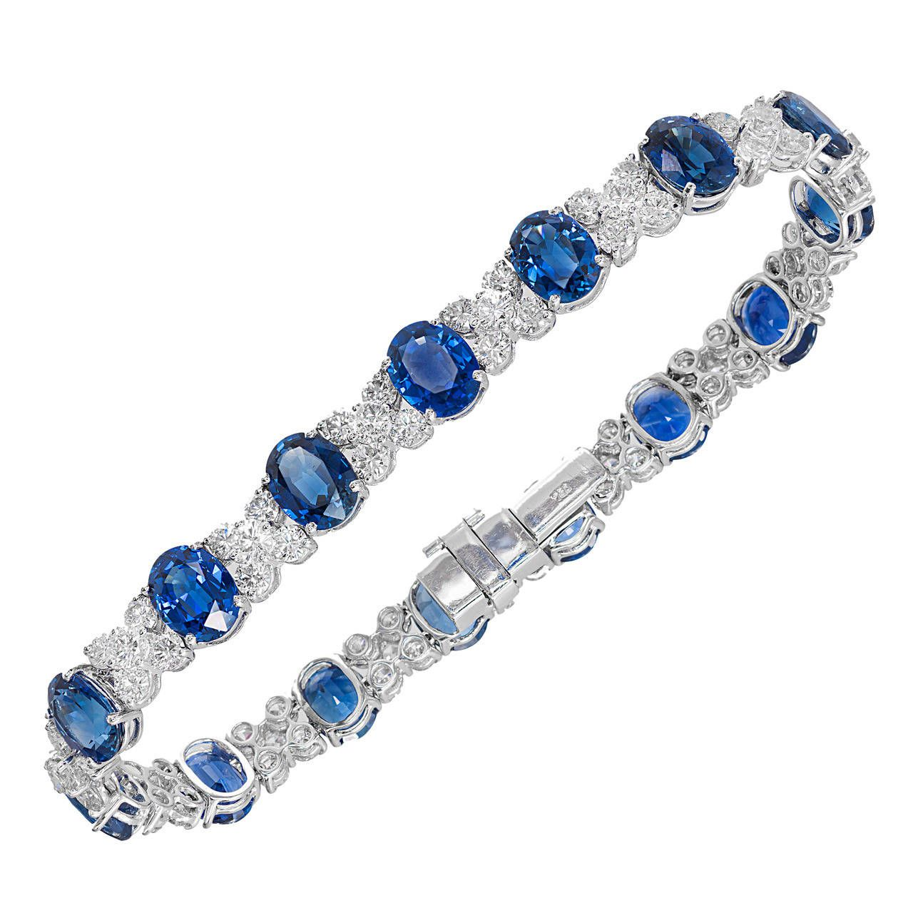 Gia Certified 28 95 Carat Cornflower Oval Sapphire Diamond White Gold Bracelet In 2020 Sapphire Bracelet White Gold Bracelet Diamond