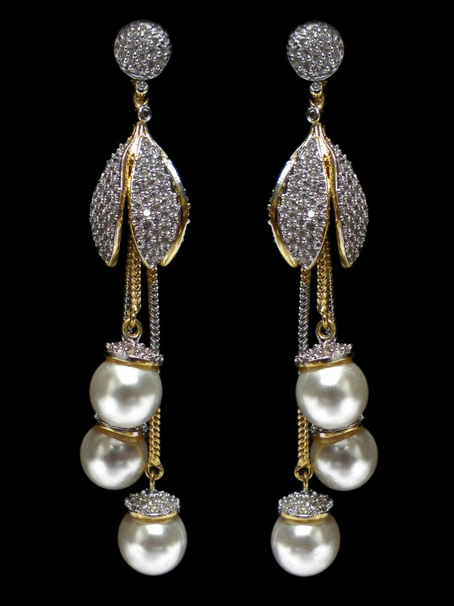 Beautiful Diamond And Pearl Earrings Fushia Design