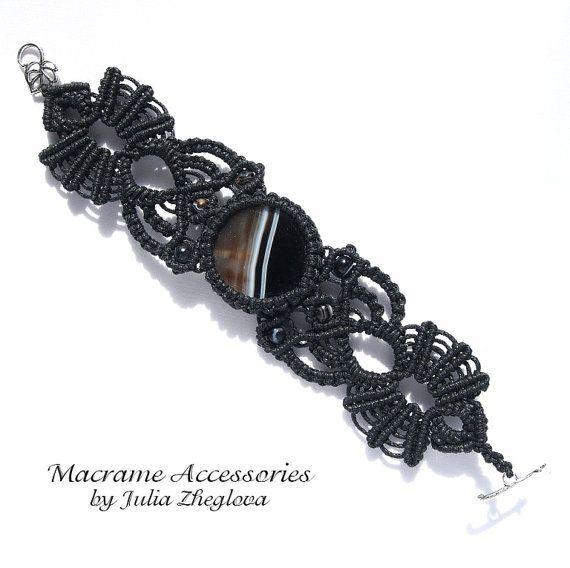 Macrame black bracelet with agate cabochon by makrame on Etsy.
