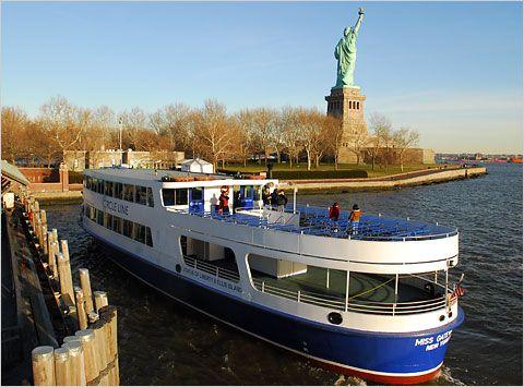New York Pass Circle Line Sightseeing Cruises Circle Line Downtown New York Travel America And Canada New York