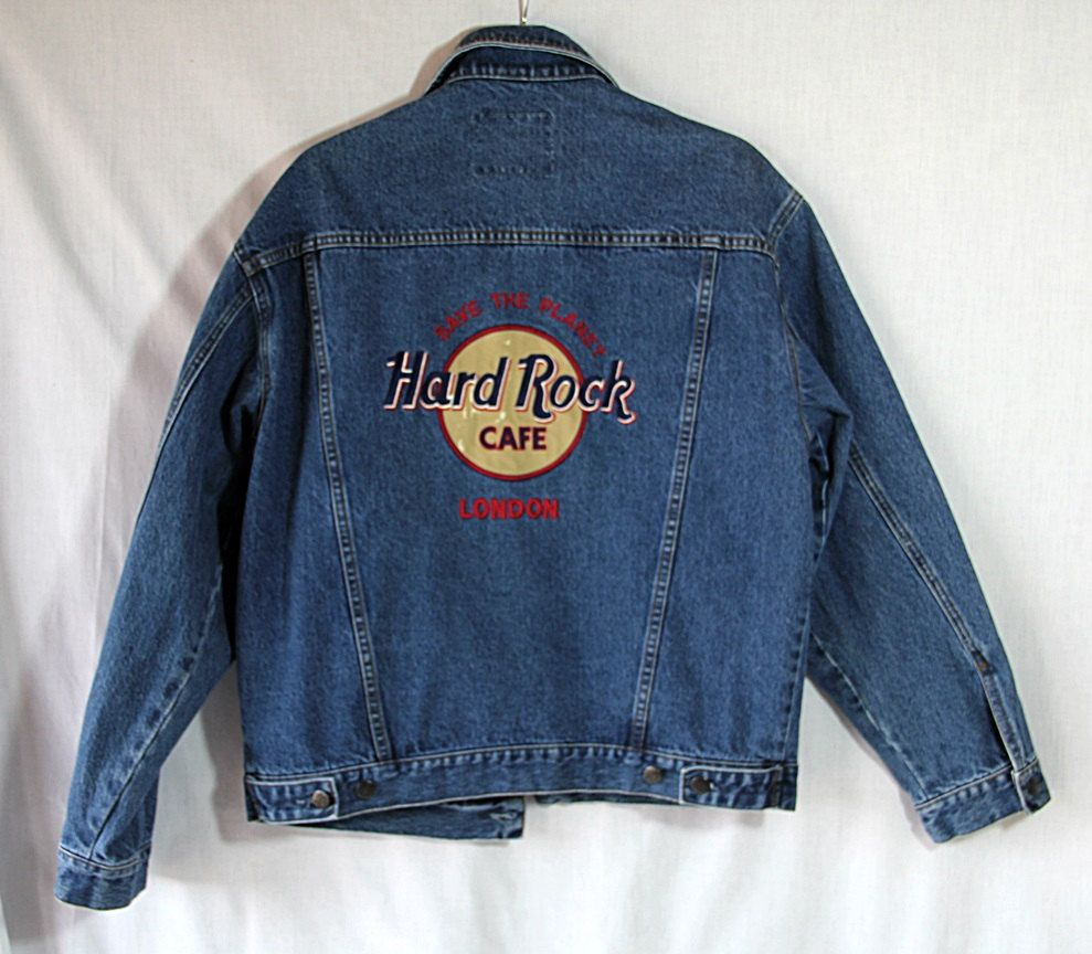 what to wear to hard rock cafe