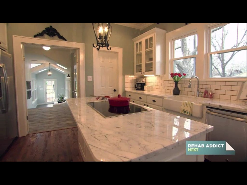 Fixer upper brass kitchen - Fixer Upper