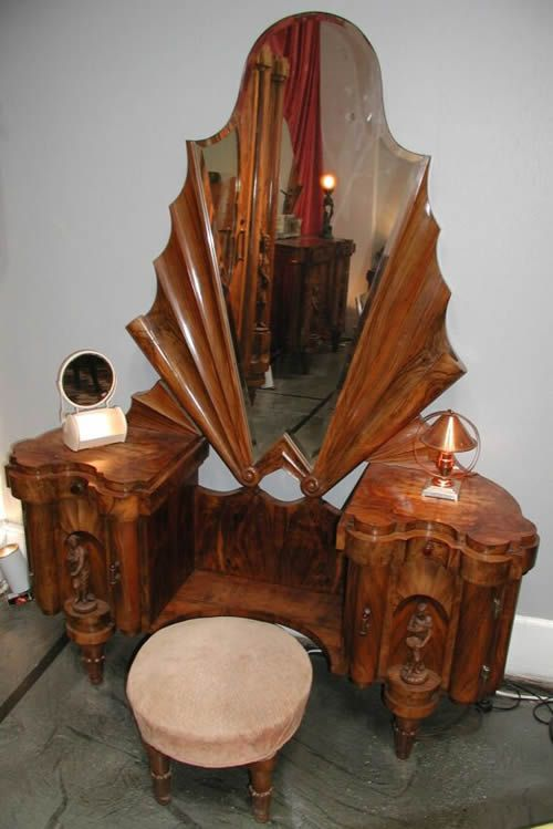 Captivating An Italian Art Deco Vanity Dressing Table, Part Of A Custom Bedroom Suite.
