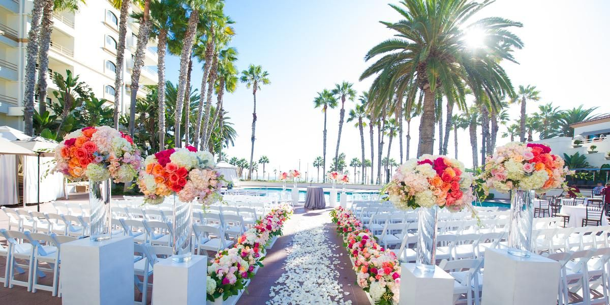 The Waterfront Beach Resort A Hilton Hotel Weddings