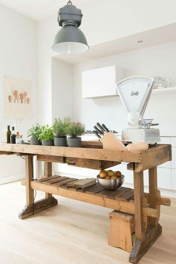 Oud Keuken Tafeltje.Oude Werkbank In De Keuken Keuken Keukens Keuken Ideeen
