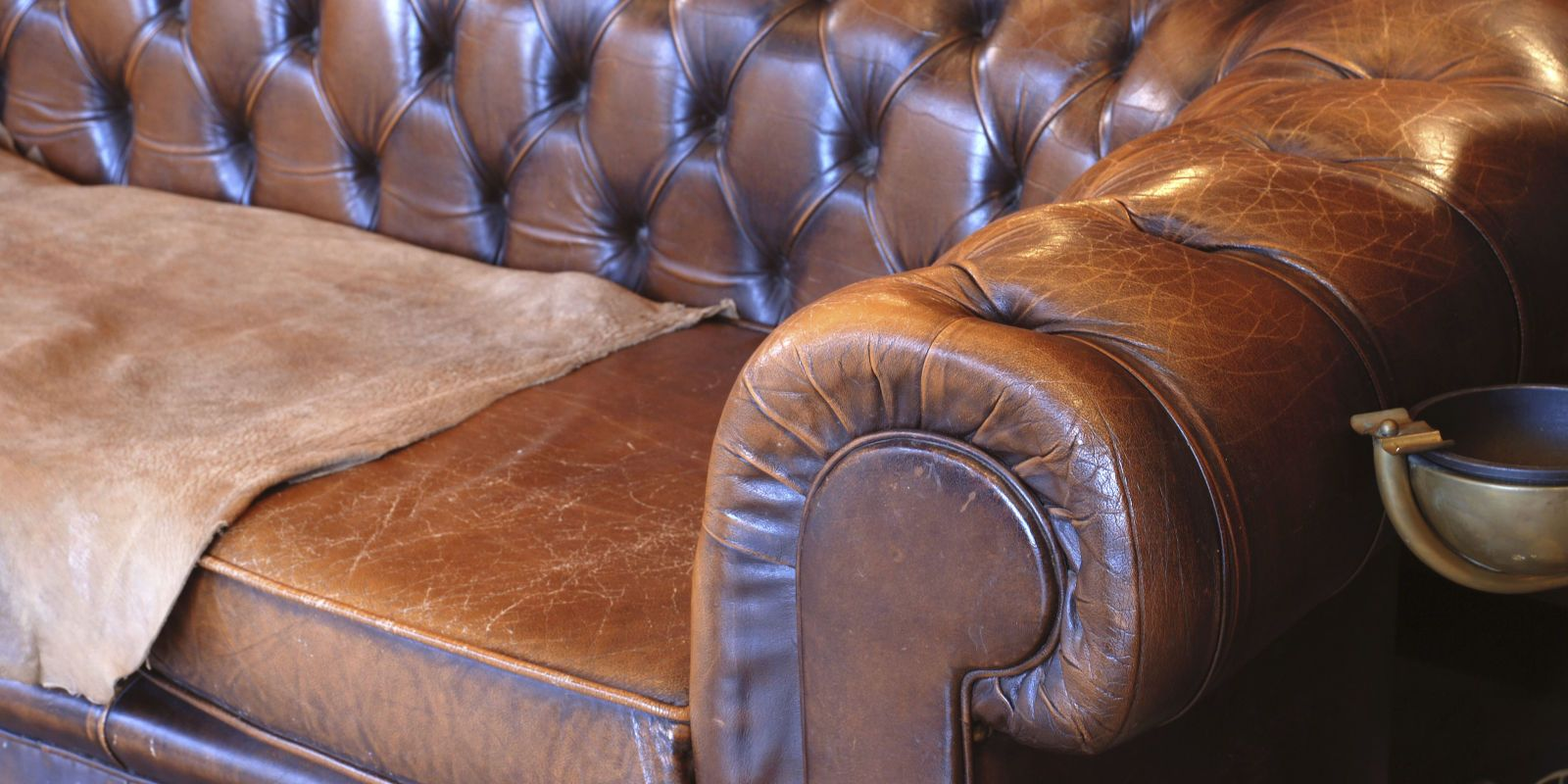 What Your Couch Says About You Cleaning Leather Couch Leather Couch Repair Leather Couch