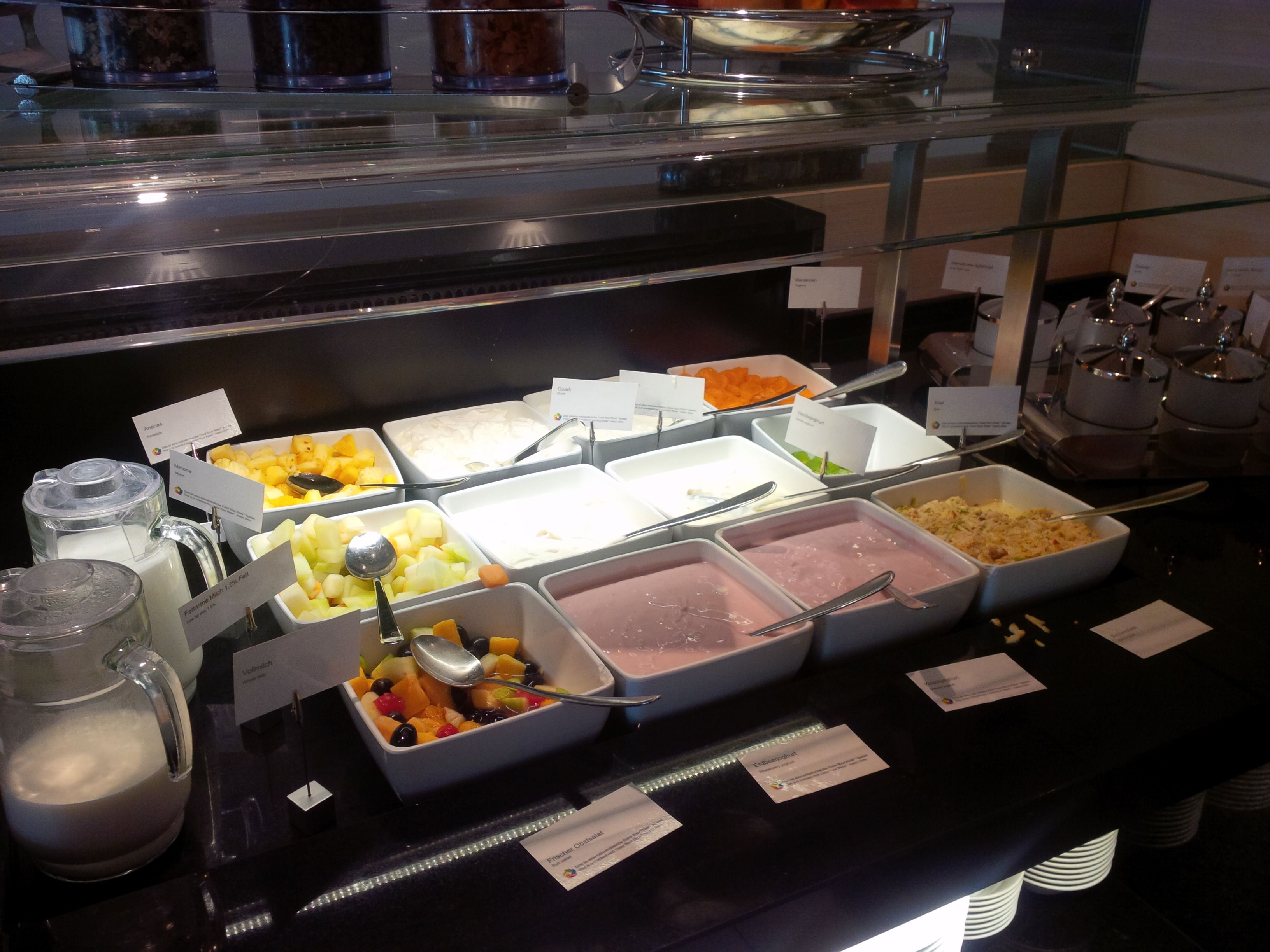 Breakfast Restaurant Otto Sheraton Dusseldorf Airport