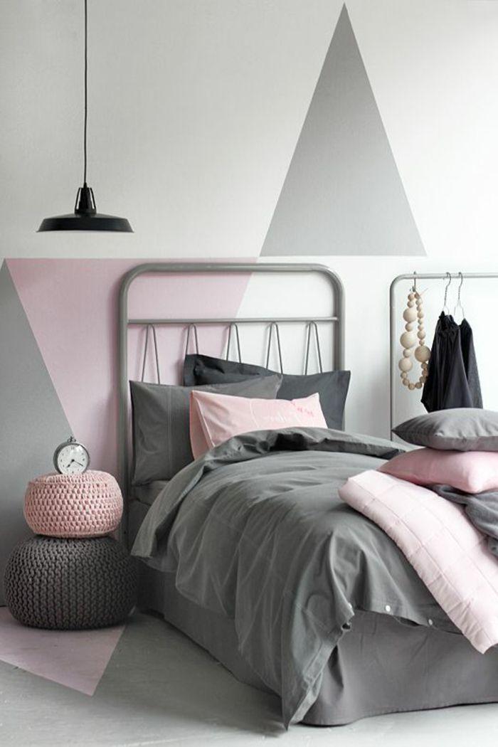chambre à coucher mur gris blanc et rose, decoration murale ...