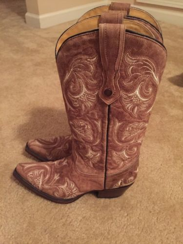 Womens Corral Boots https://t.co/lTacWy0q8m https://t.co/oAjWLxdgvI