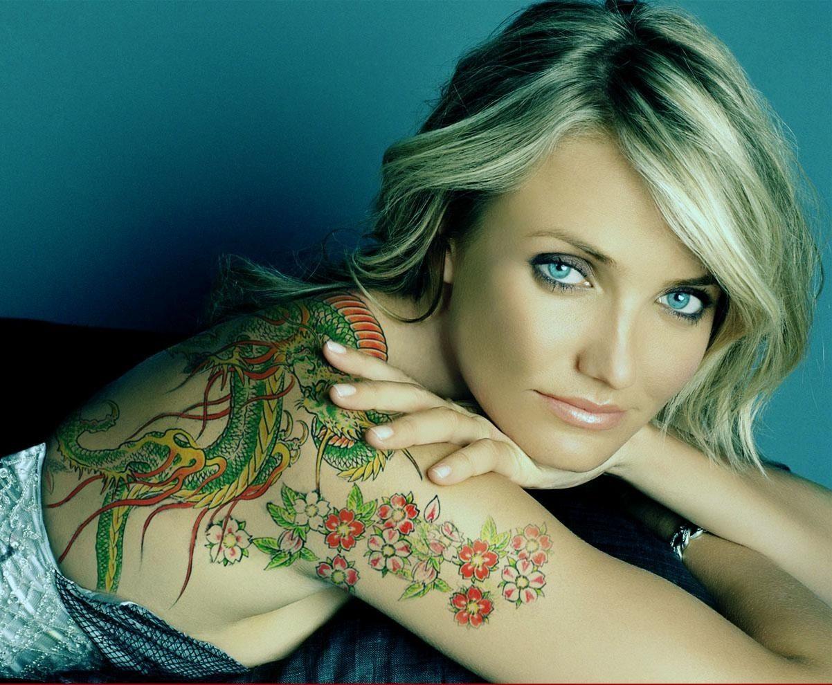 Alyssa Milano Tattoos Removed famous female celebrity tattoos | celebrity tattoos women