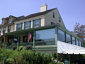 Chesapeake City Md Crab Is The Star Of The Menu At The Bayard House Restaurant Located In A Circa 1780 Wa House Restaurant Chesapeake City Enclosed Porches