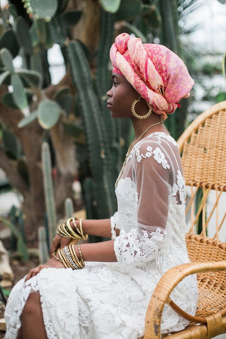 The bride in short wedding dress - Cactus Wedding Inspiration Shoot in Botanical Garden | fabmood.com #wedding #weddingstyled #weddinginspiration #weddingideas