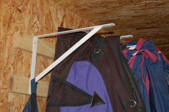 Blanket Hangers Small Barns Pinterest Blanket Barn