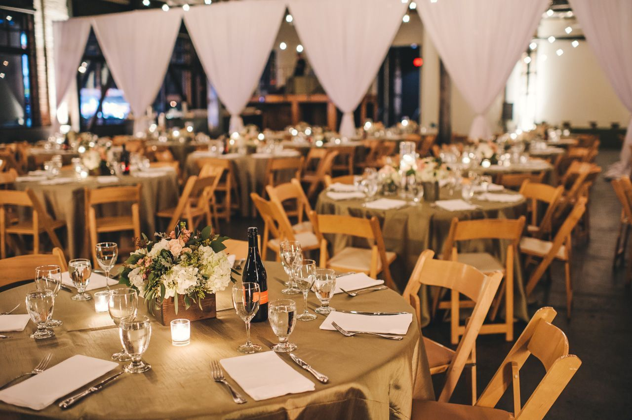 Rustic Urban Wedding | Wedding venues oregon, Rustic ...