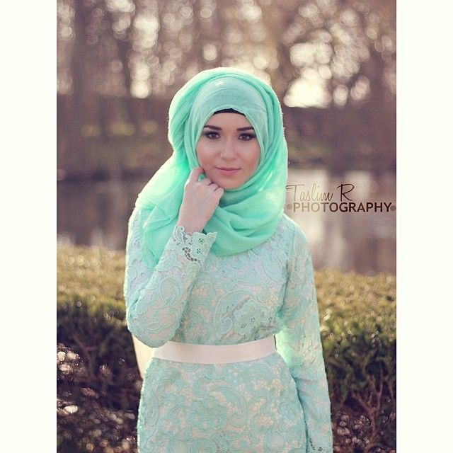 The beautiful @nabiilabee  #photography #photoshoot #fashion #hijab #green #summer