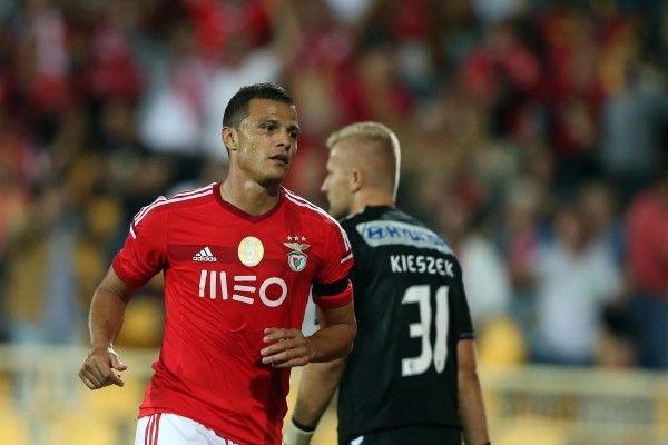Estoril vs Benfica - 17 (© LUSA TIAGO PETINGA)