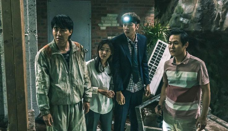Lee Kwang Soo and Cha Seung Won's Movie 'Sinkhole' Sold to 13 Asian Countries