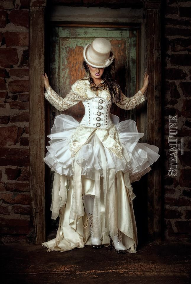 27 Steampunk Wedding Dresses That Will Mesmerize You | Gothic ...
