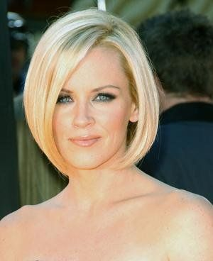 Jenny McCarthy Bobs   Jenny McCarthy in a bob-like straight barely blonde hairstyle while ...