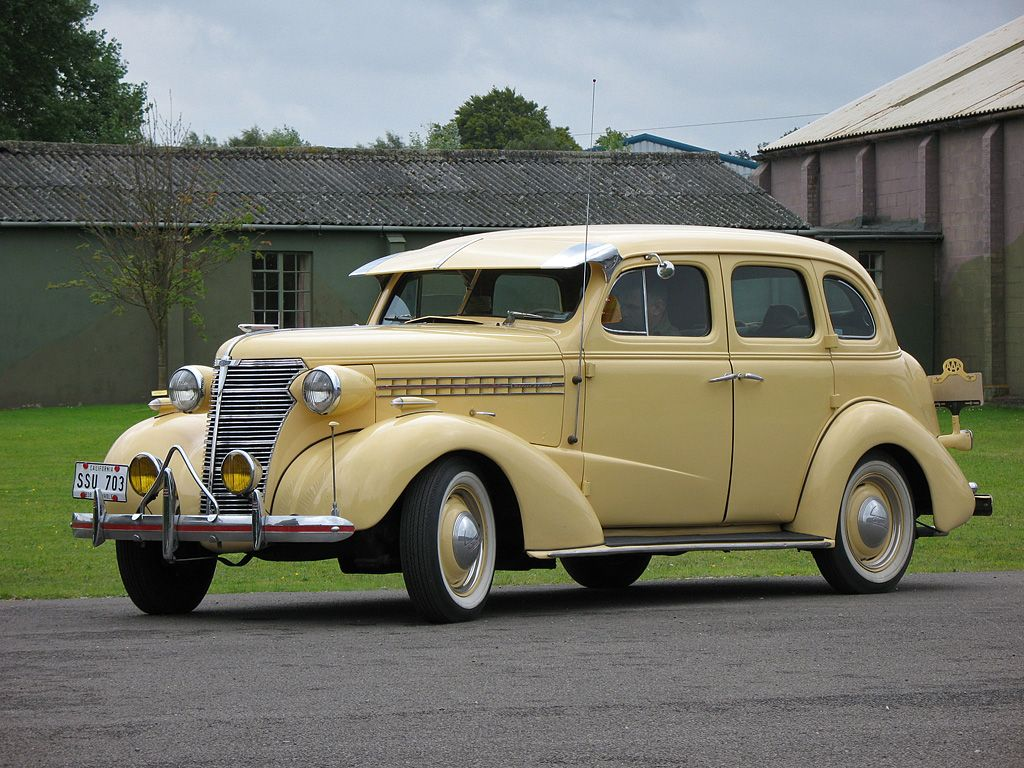 1938 Chevy Master Deluxe; man, I LOVE this car! I like the L-38 ...
