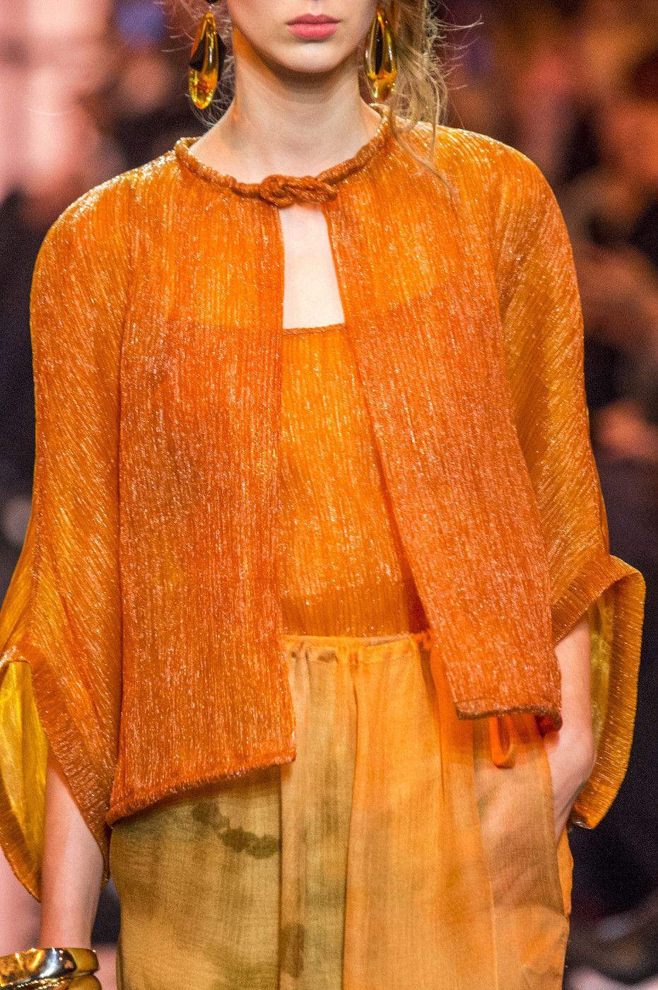 Armani Privé at Couture Spring 2017 (Details)