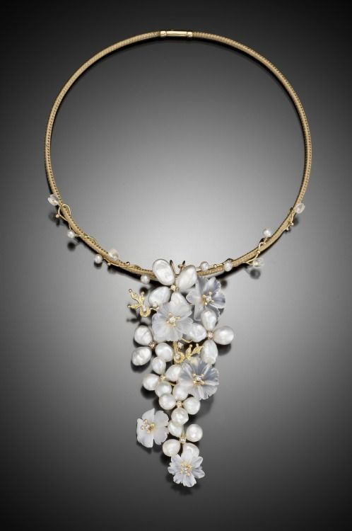 From the Russell Trusso Fine Jewelry Collection Download his LookBooks for freeathttps://russelltrusso.selz.com Visit his website for more inspiration:http://www.russelltrusso.com