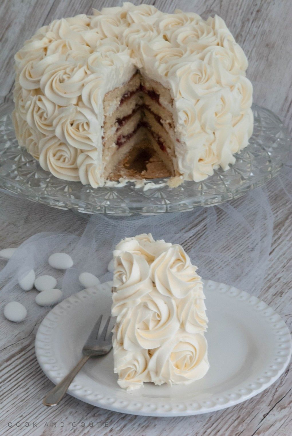 Le rose cake le plus simple des cakes design  Cook and Goûte cake decorating recipes anniversaire chocolat de paques cakes ideas